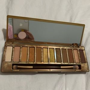 Urban Decay Naked Honey eyeshadow